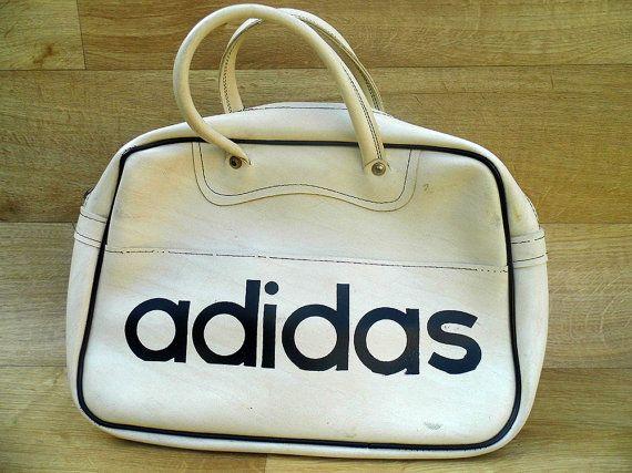 1dba8d0680a White 70's Adidas Bag Retro Sports Holdall Gym Bag Old School Travel ...