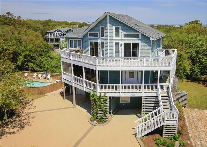 PIRATES PERCH   022 l Duck  NC   Outer Banks Vacation Rental Home l. CHASING THE DREAM   499 l Corolla  NC   Outer Banks Vacation