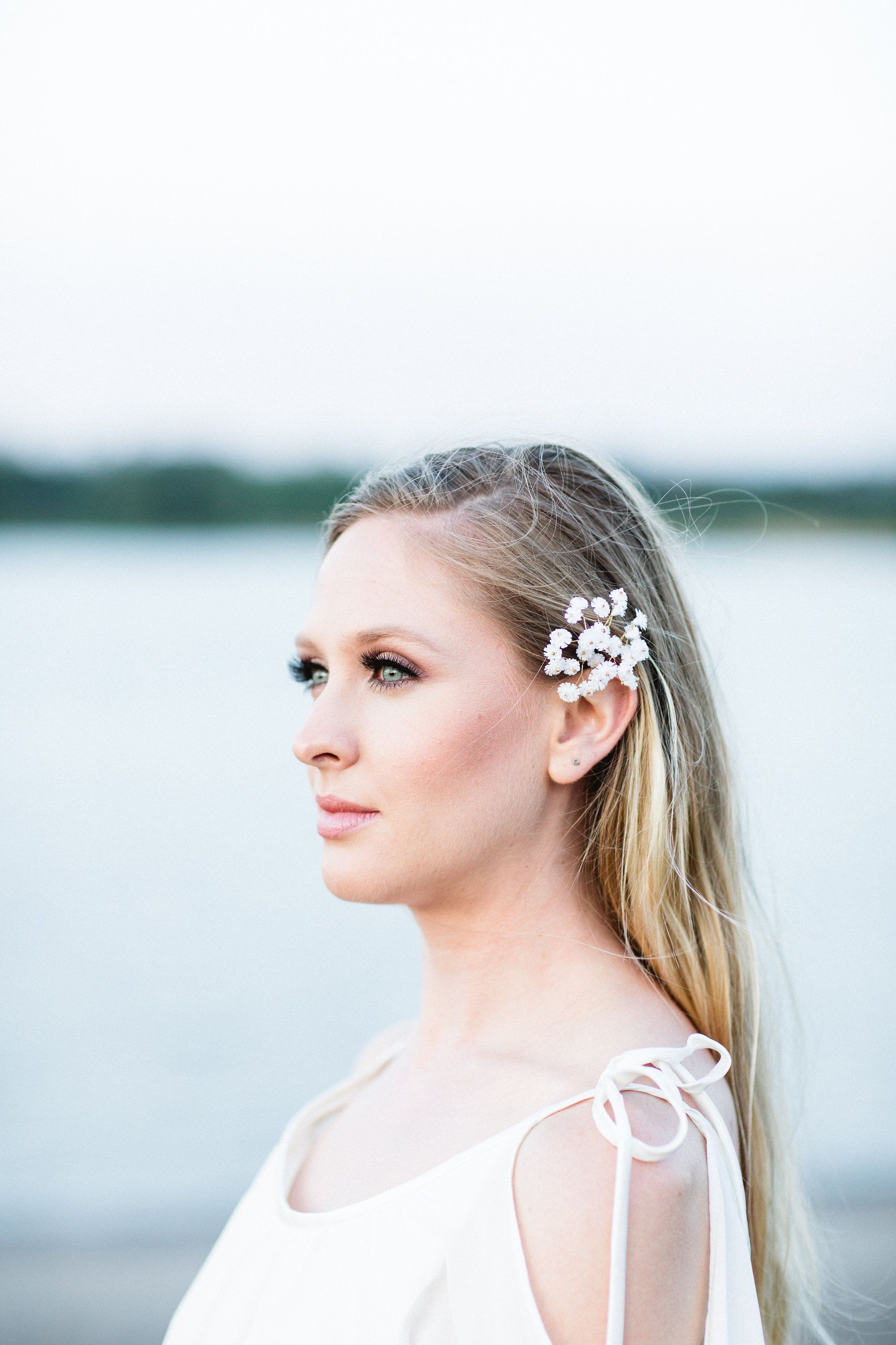 Baby's Breath Bridal Hair Pins at elli.com.