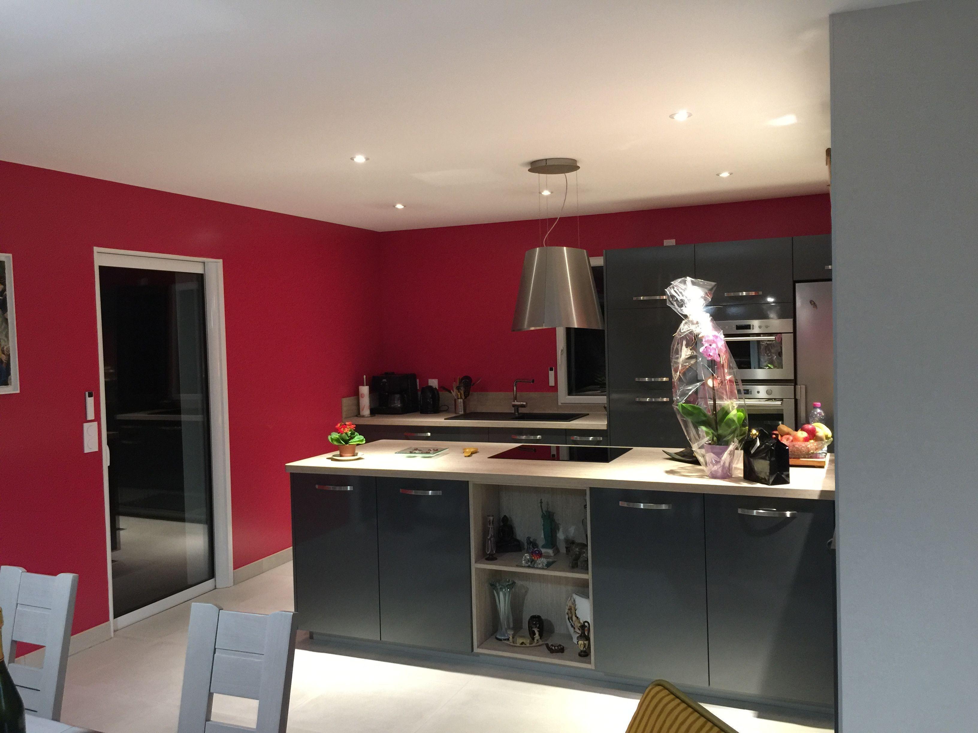 Cuisine Moderne, Chaleureuse, R Alis E Dans Une Maison Constructions