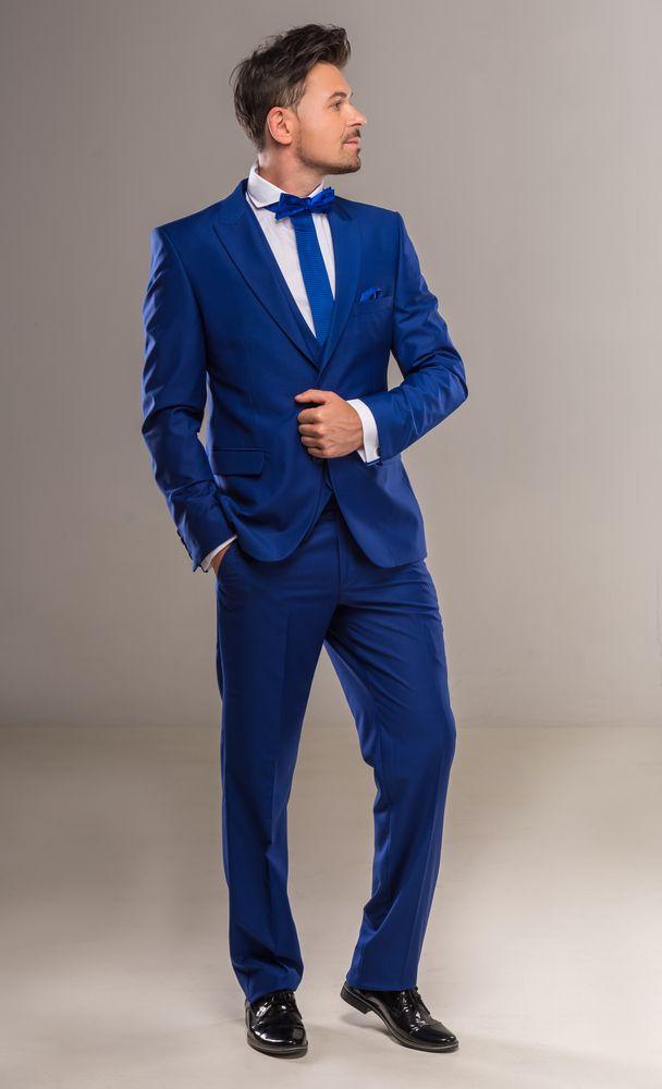 ネイビースーツの男性は、なぜモテるのか?色気のある男の著こなしに迫ります。ビジネスや結婚式で ...