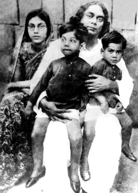 Kazi Nazrul Islam and his family | Rare photos, Old photos, Photo