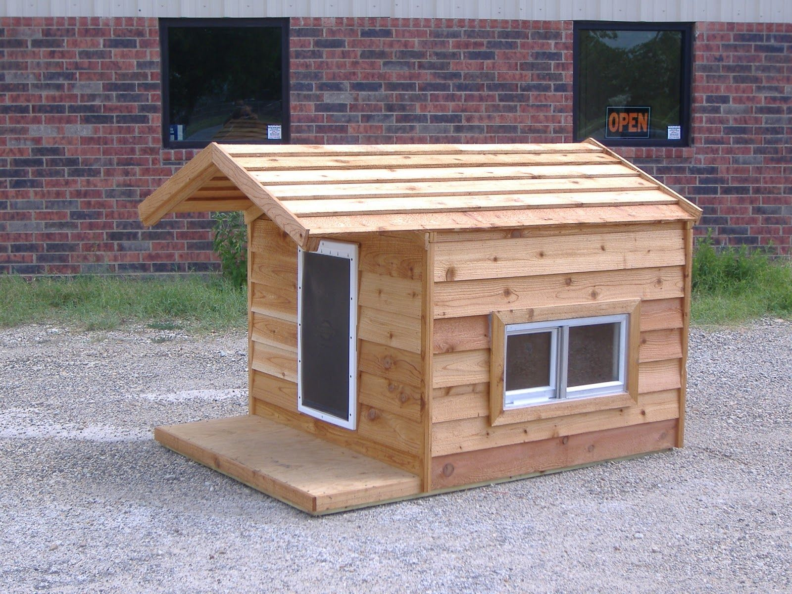 Keep Your Best Friend Comfortable This Summer In One Of Our Ac Dog Houses Http Www Greenswoodworks Com Dog House Plans Insulated Dog House Dog House Heater