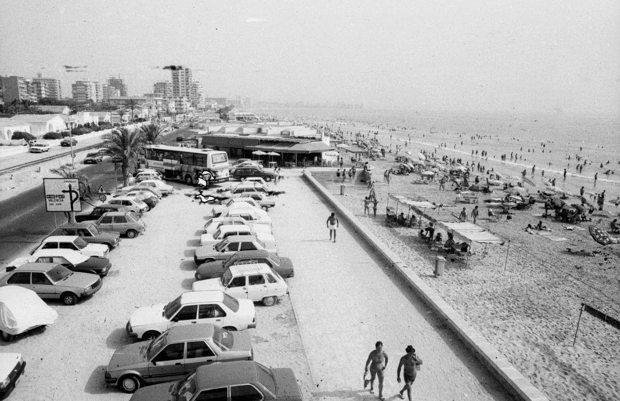 Chiringuitos En Playa San Juan Construidos En Los 80 Alicante Fotos Antiguas Playa