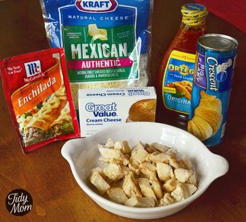Chicken Enchilada Puffs. Ingredients to turn chicken enchiladas into finger food! #recipe at TidyMom.net