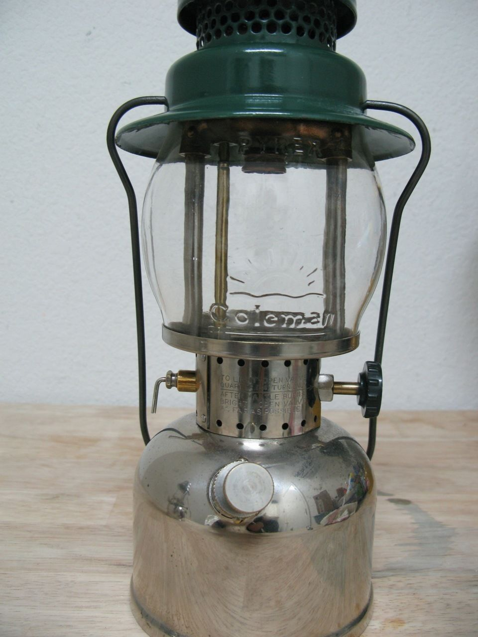 Coleman 242 with embossed globe 1920's | Old Stoves and