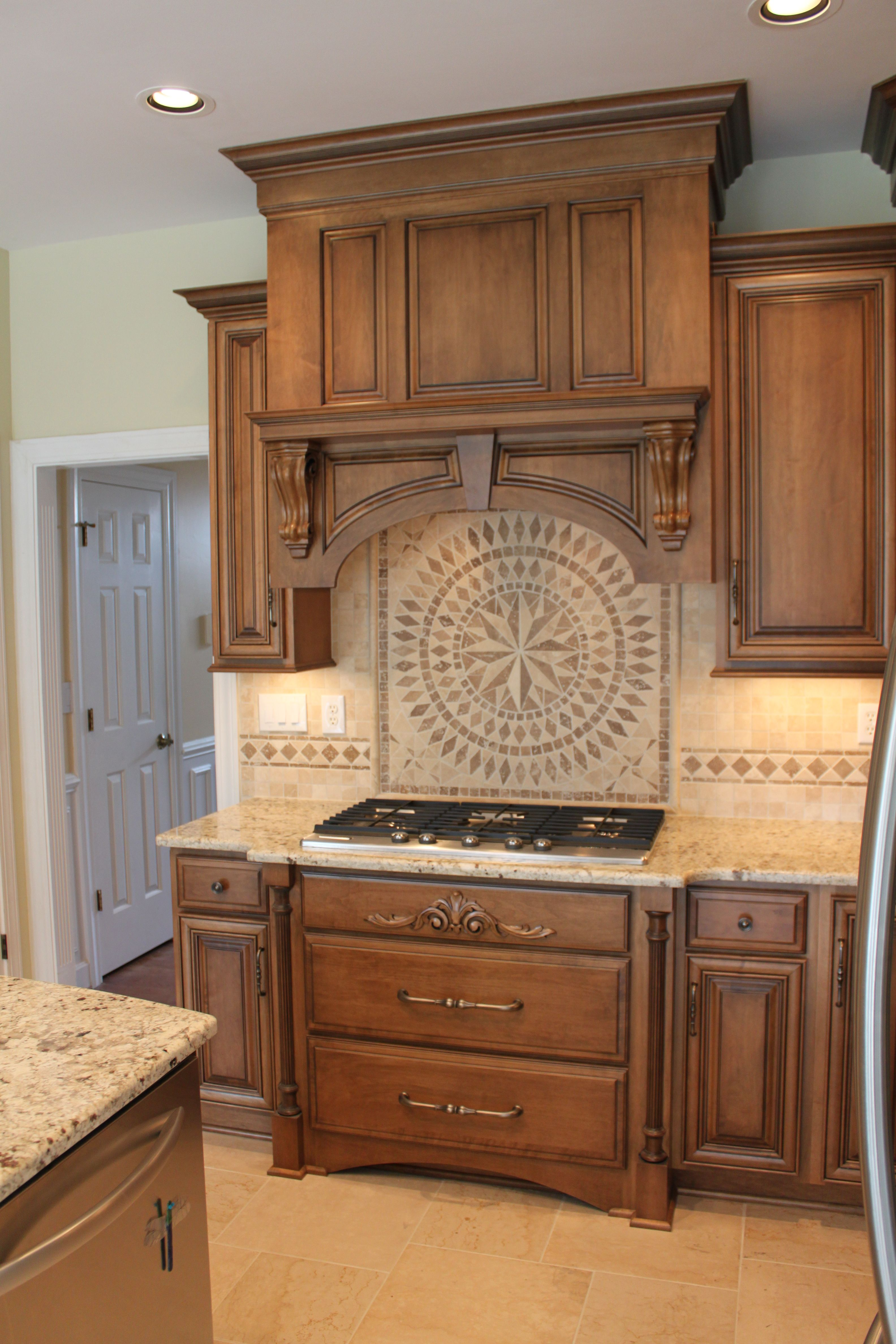 shiloh cabinetry maple acorn with vandyke glaze on perimeter