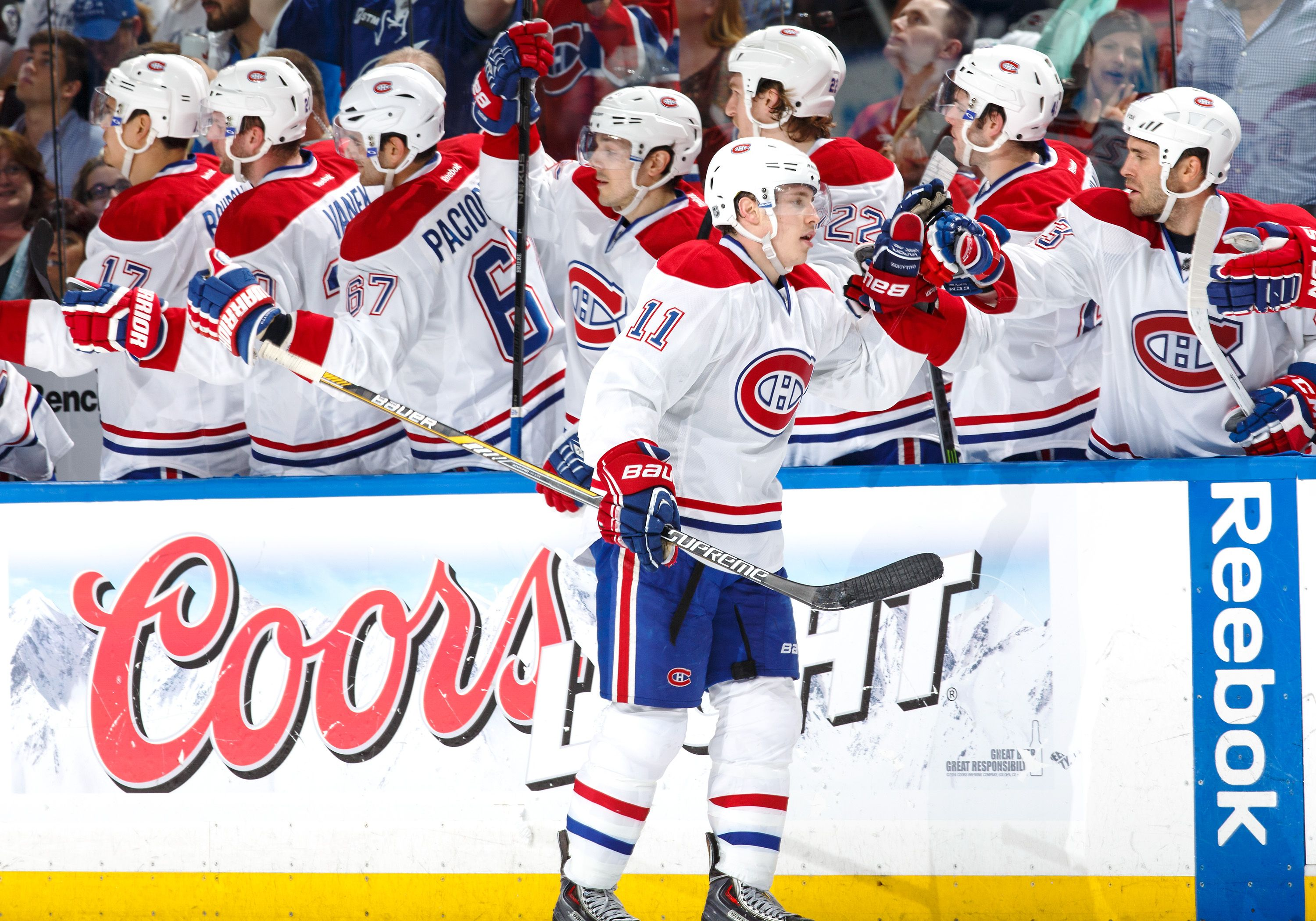 Brendan Gallagher inscrit un superbe but sans aide. http