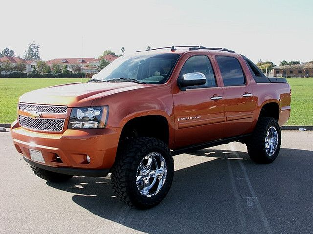 8 Inch Lift Kit On Chevy Avalanche If I Ever Learn To Drive I Want