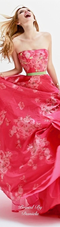 Bella Thorne For Sherri Hill | Fabulous fashion | Pinterest | Rosas