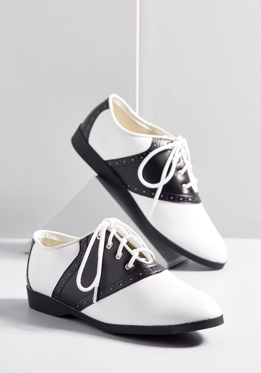 low priced 6ebc1 90c00 Shoes - Celebrate the last day of class in old school style - by sporting  these smart Oxford flats! The black and white hues, perforated trim, ...