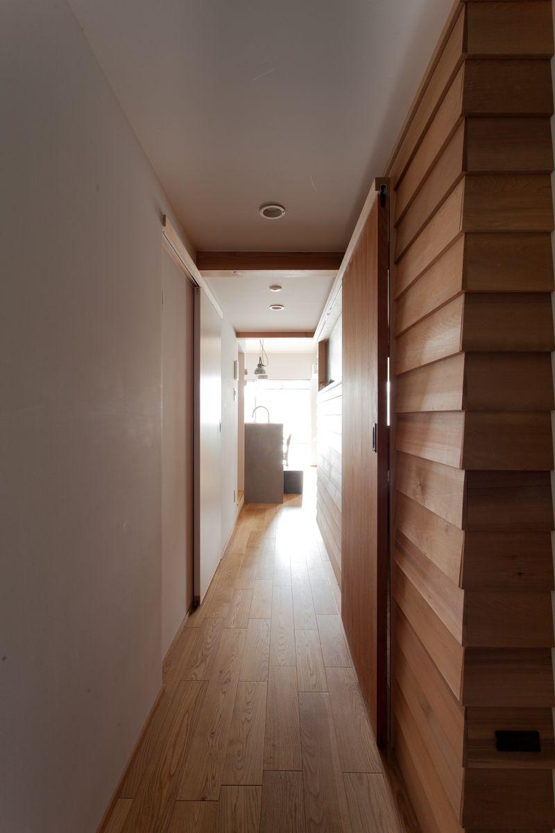 廊下 木製壁 ドア 木製ドア フローリング マンション