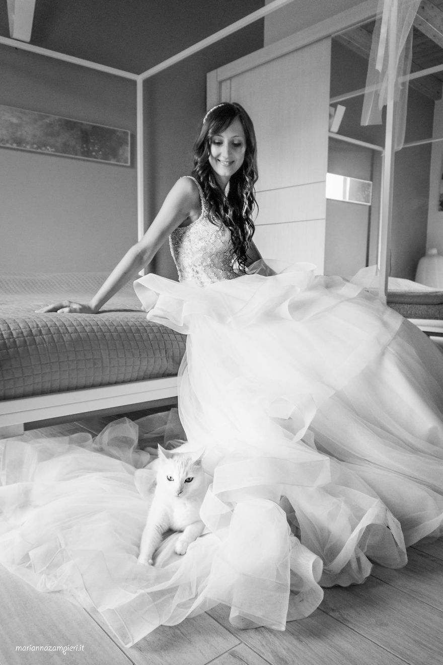 Private невеста в черном