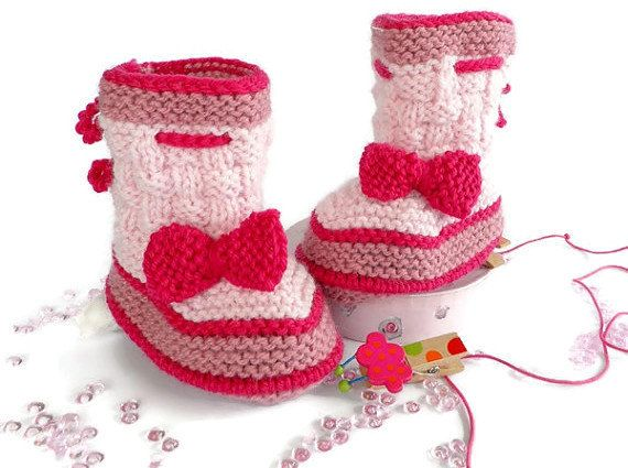Knitted baby bootieswoolen baby booties by Svetlanababyknitting ♥♥