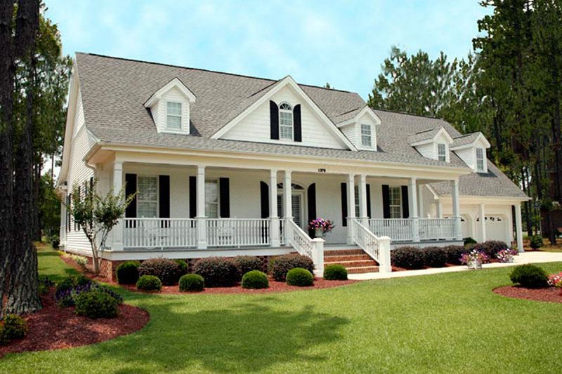 Southern Style House Plan - 3 Beds 3.5 Baths 2568 Sq/Ft Plan #137