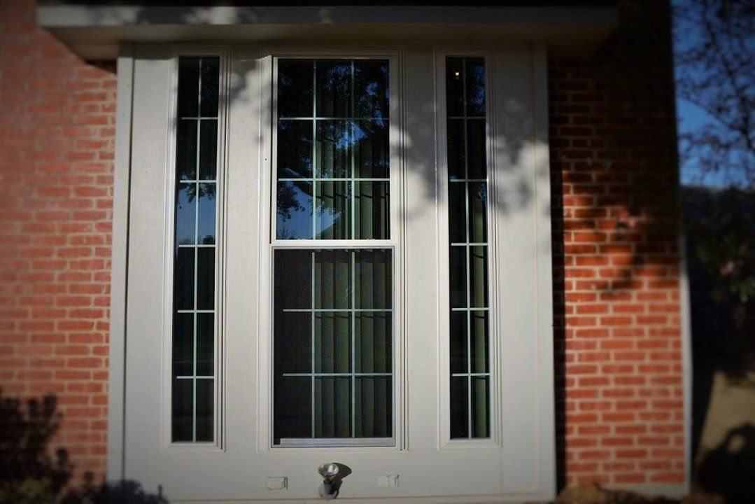 Why It S Good To Hire A Professional For Door Window Glass Repair Door Window Glass Glass Repair Window Glass Repair