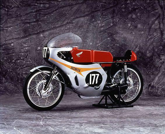 125 Cc Honda 5 Cyc Ridden By Luigi Taveri And Ralph Bryans Honda 125 Vintage Honda Motorcycles Racing Bikes