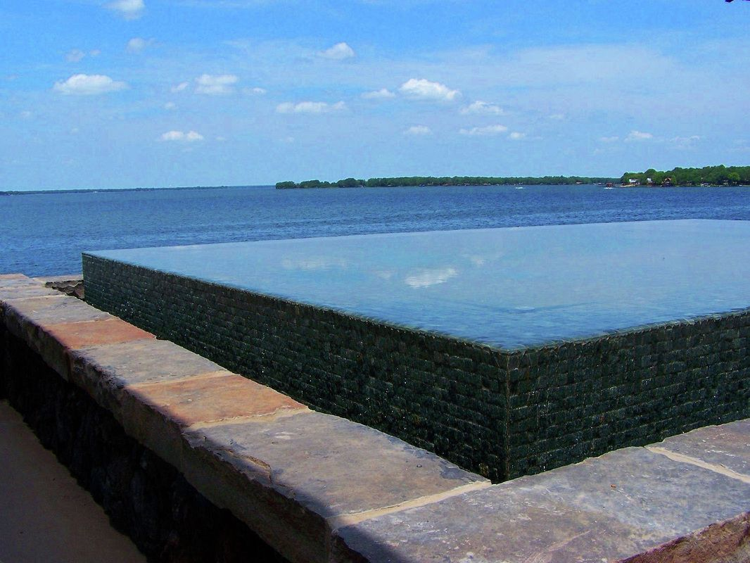 infinity edge pool detail - Google Search | Pools | Pinterest