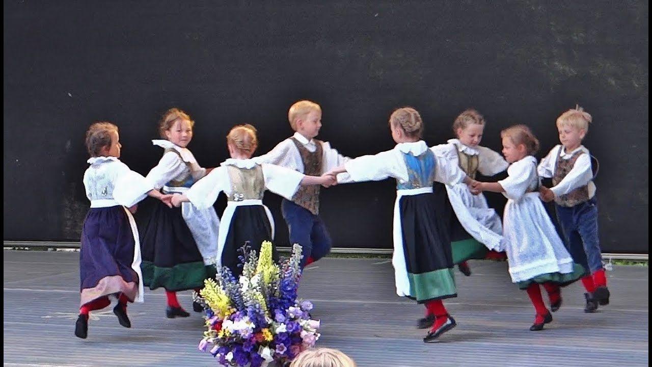 German Folk Dance Figaro Youtube Deutsche Volkslieder Tanzlieder Thinking Day