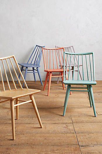 Dezente Farbigkeit Bei Diesen Stühlen. Das Gefällt Uns! #KOLORAT #Lack  #bunt #Pastell #grey #streichen