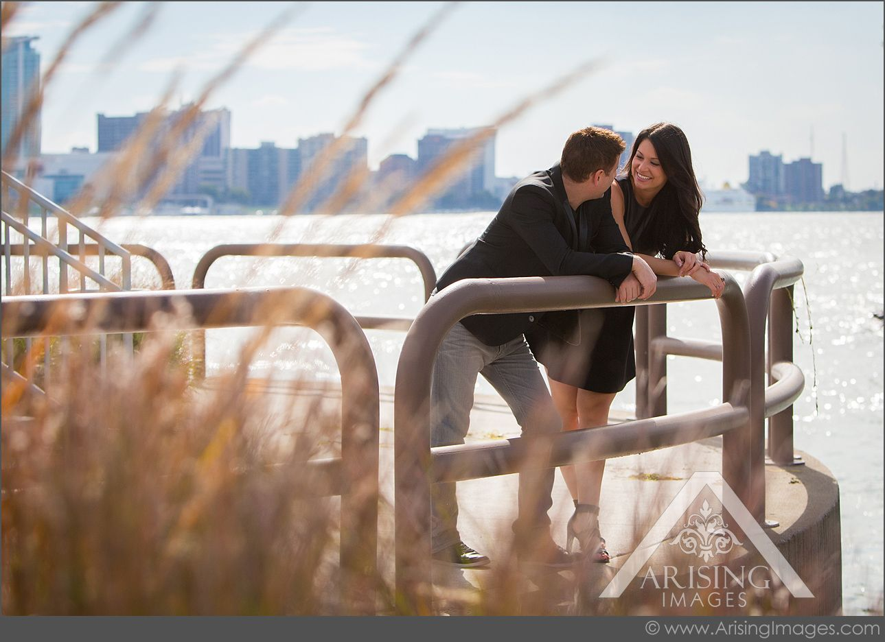 Cute natural engagement picture in Detroit. #arisingimages #michigan #engaged #couple #natural #photoshoot #river