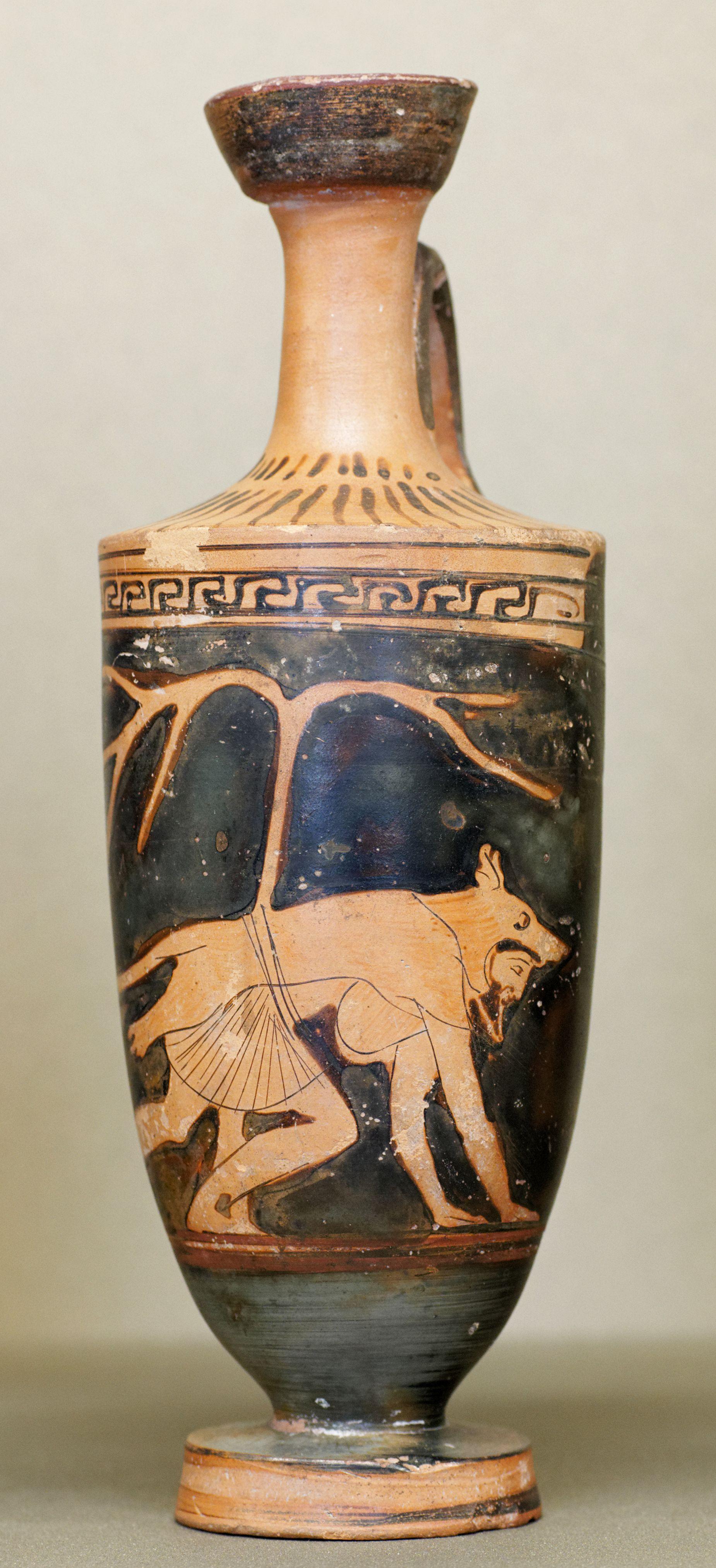 Dolon wearing a wolf skin attic red figure vase c 460 bc attic red figure vase c reviewsmspy