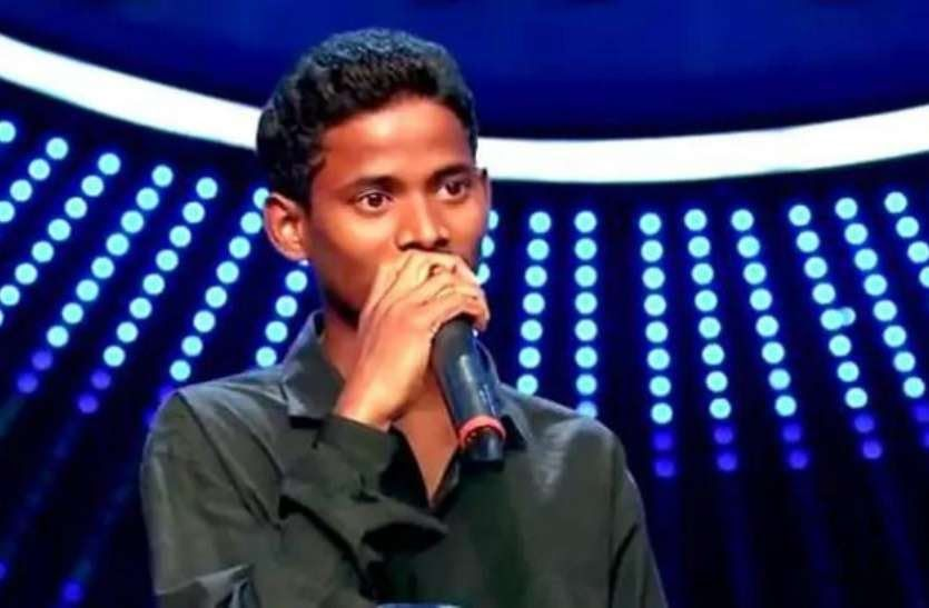 Neha Kakkar Was Speaking To This Boy Who Came To Audition When He Sang When He Sang A Song Kumar Naik S Voice Of 22 Years Neha Kakkar Famous Singers Boys Who