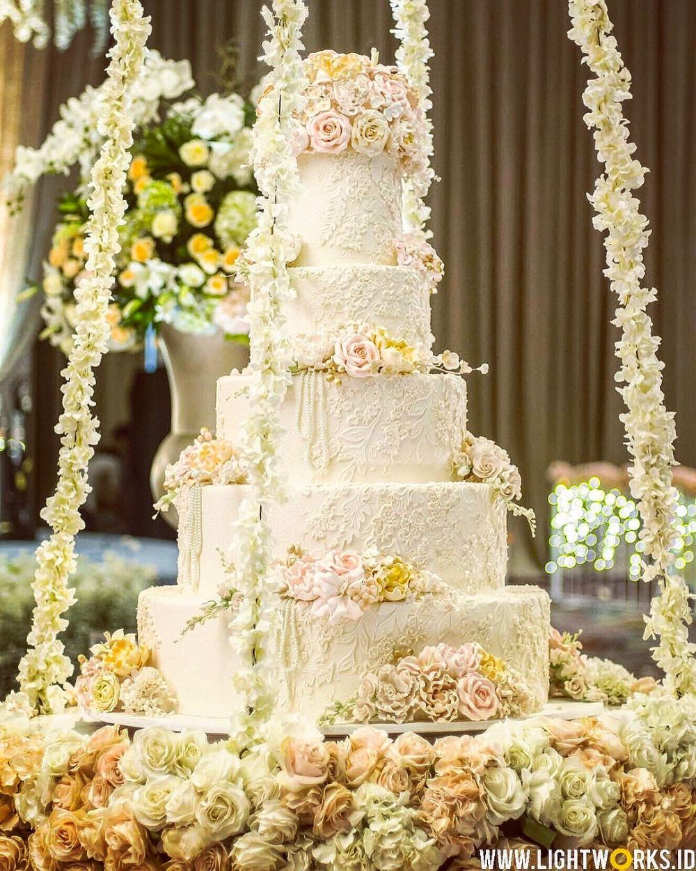 Foto kue pernikahan oleh LeNovelle Cake Kue perkawinan