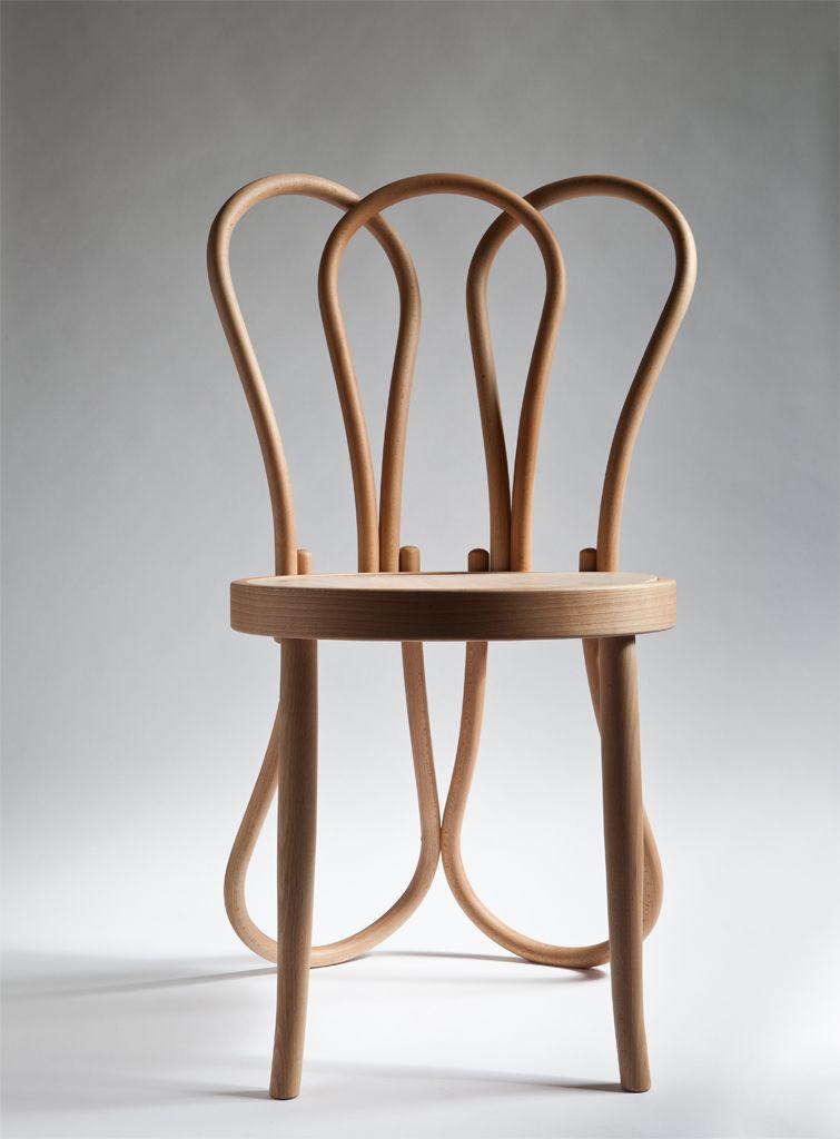 Chaise Thonet hommage à la chaise thonet n°14 par célia persouyre | design