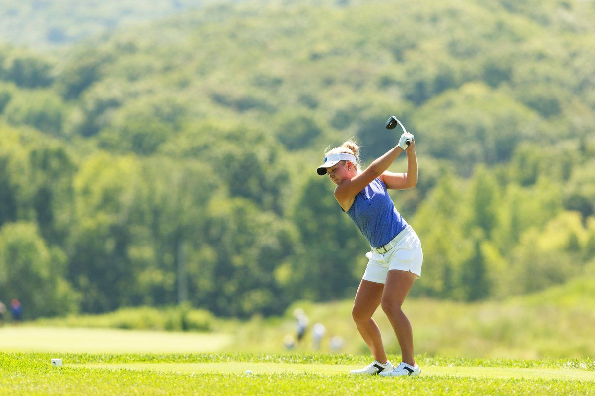 Seven Usga Champions Are Left Handed Including Philmickelson Who Won The 1990 Usamateur Usgirlsjunior Uswfourball Https In 2020 Champion Left Handed Seventh
