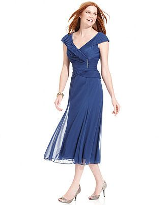 Alex evenings dress cap sleeve portrait collar pleated for Macy wedding dresses mother of the bride
