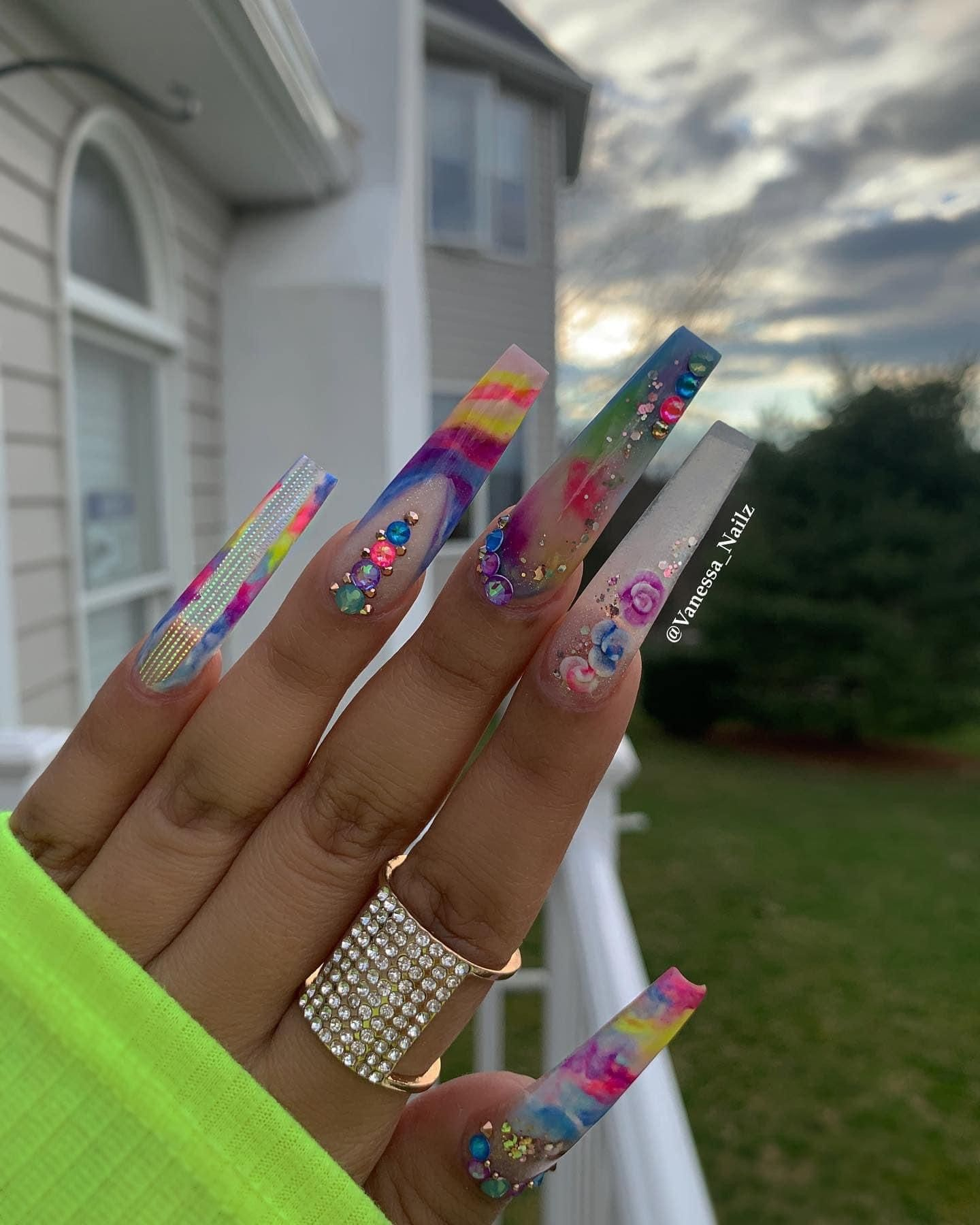 Pin By Tanzyah Boston On Nails In 2020 Square Acrylic Nails Acrylic Nails Bling Acrylic Nails