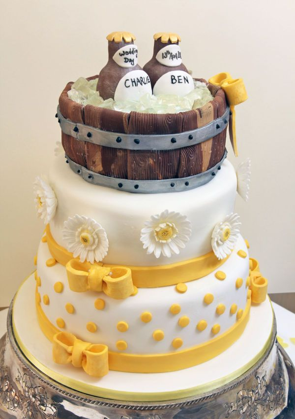 beer can wedding cake wedding cakes the vintage cake company 11255