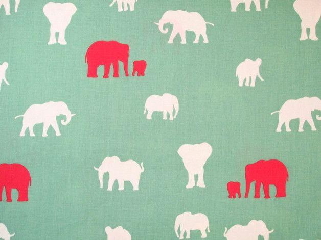 Schöne Bio Baumwolle für tolle Projekte und Näharbeiten im Deko und Kinder Bereich!  Farbe: mint mit weißen und roten Elefanten Motivgröße: Stoffbreite: ca 112cm Materialzusammensetzung: 100%...