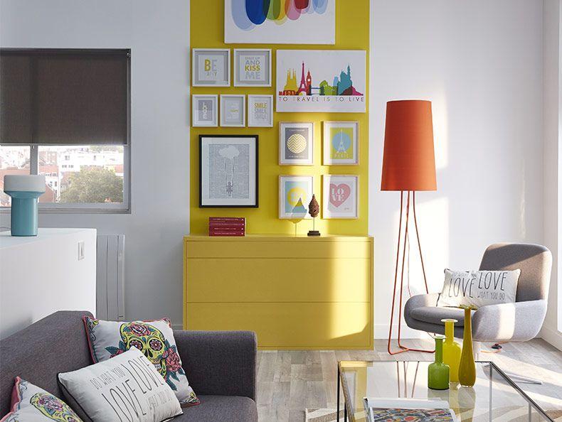 On fait entrer les couleurs dans le salon ! Le mur peint en ...