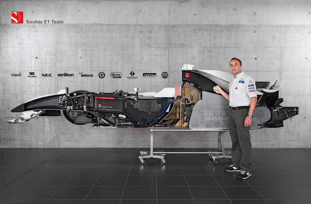 BMW Sauber F1.08 in half