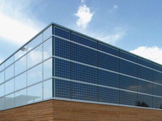 Sonderform Fassaden Mit Integrierter Photovoltaik Fassade