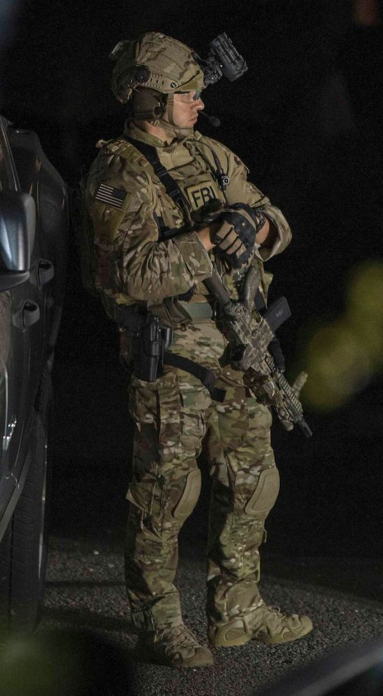 Fbi Hostage Rescue Team Where Special Becomes Extraordinary 37 Photos Military Special Forces Special Forces Armed Forces