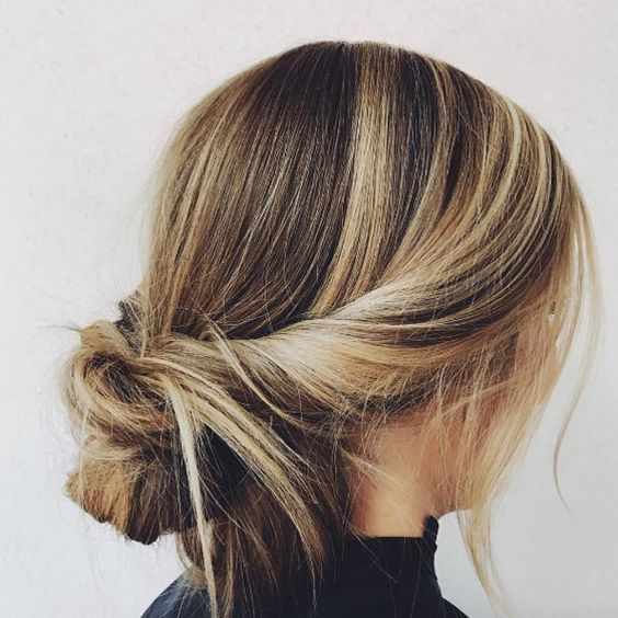 20 Simple Hairstyles for Work in 2020 With images   Work ...