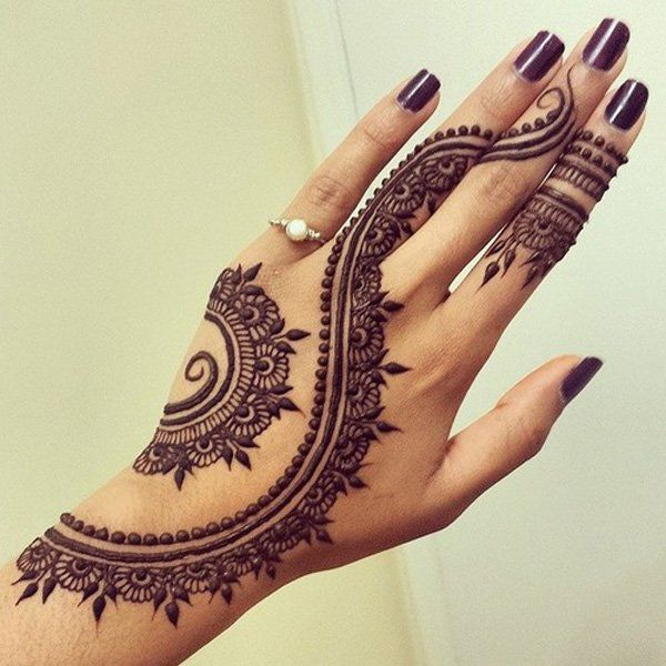 Henna tattoo on hand eye catching tattoos   also pretty cute mehndi rh pinterest