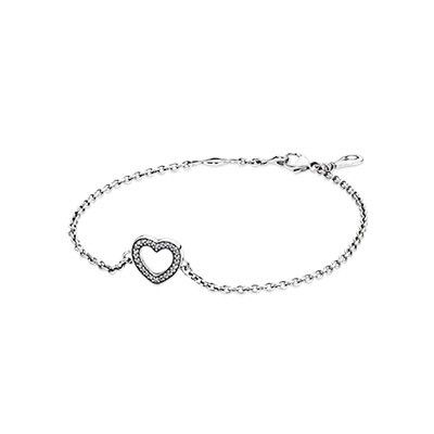 Pandora Symbol Of Love Bracelet The Delicate And Feminine Is Made Sterling Silver Cubic Zirconia It Will Make Any Mother Hy