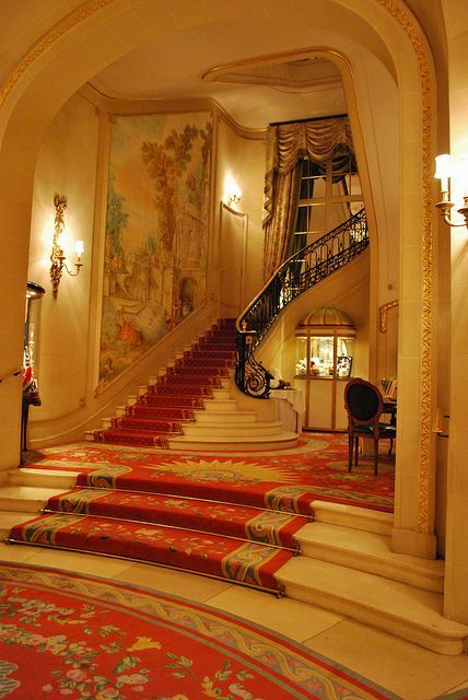 The Ritz In London Staircase
