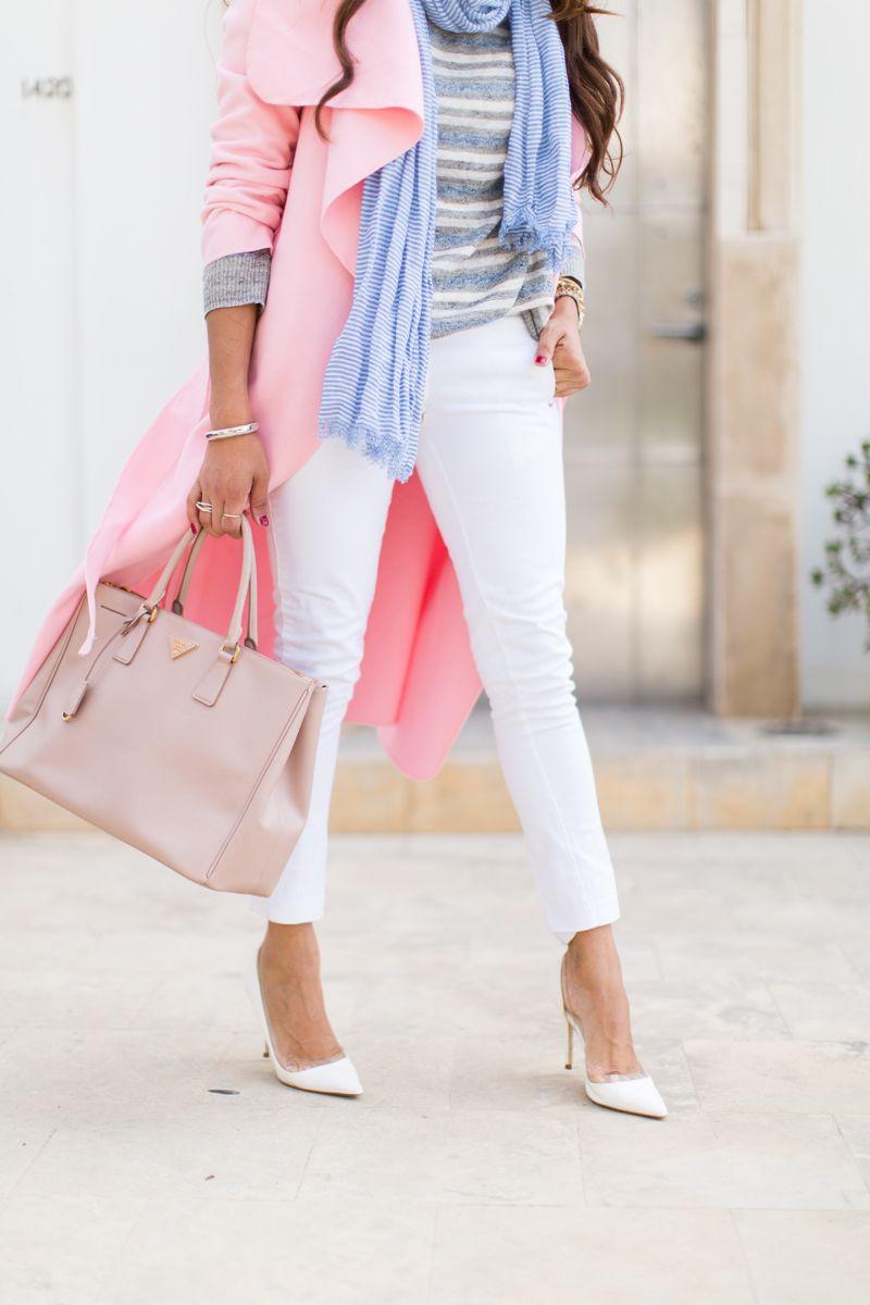 @elizabethkeene of A Keene Sense of Style in the #SmartGUESS Shape-Up Low-Rise Marilyn 3-Zip Jeans in Porcelain Wash #LoveGUESS