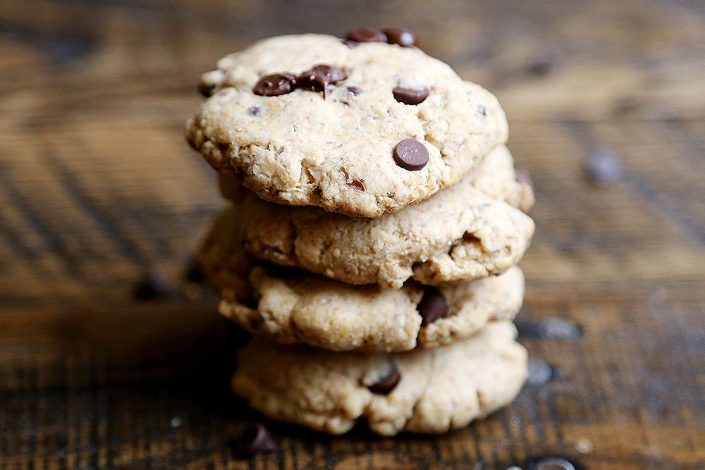 Vegan Chocolate Chip Cookies - Desserts and Snacks, Favourite Recipes, Recipes - Divine Healthy Food