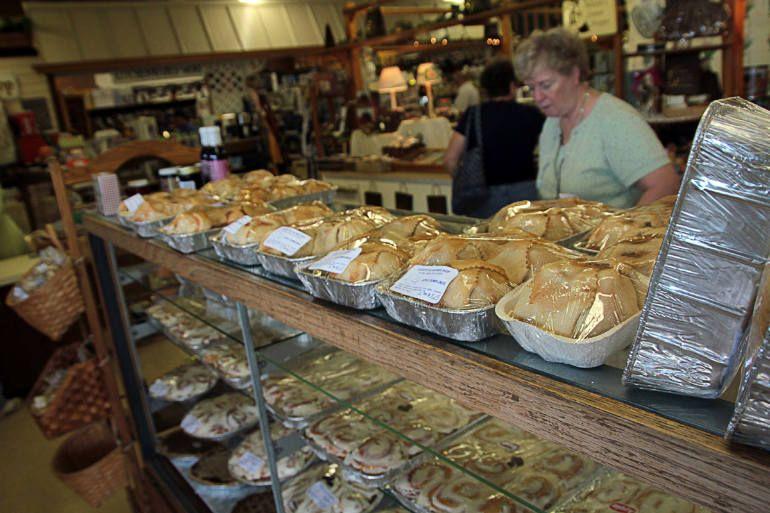 Dayton Farmers Market - Country Village Bake Shop