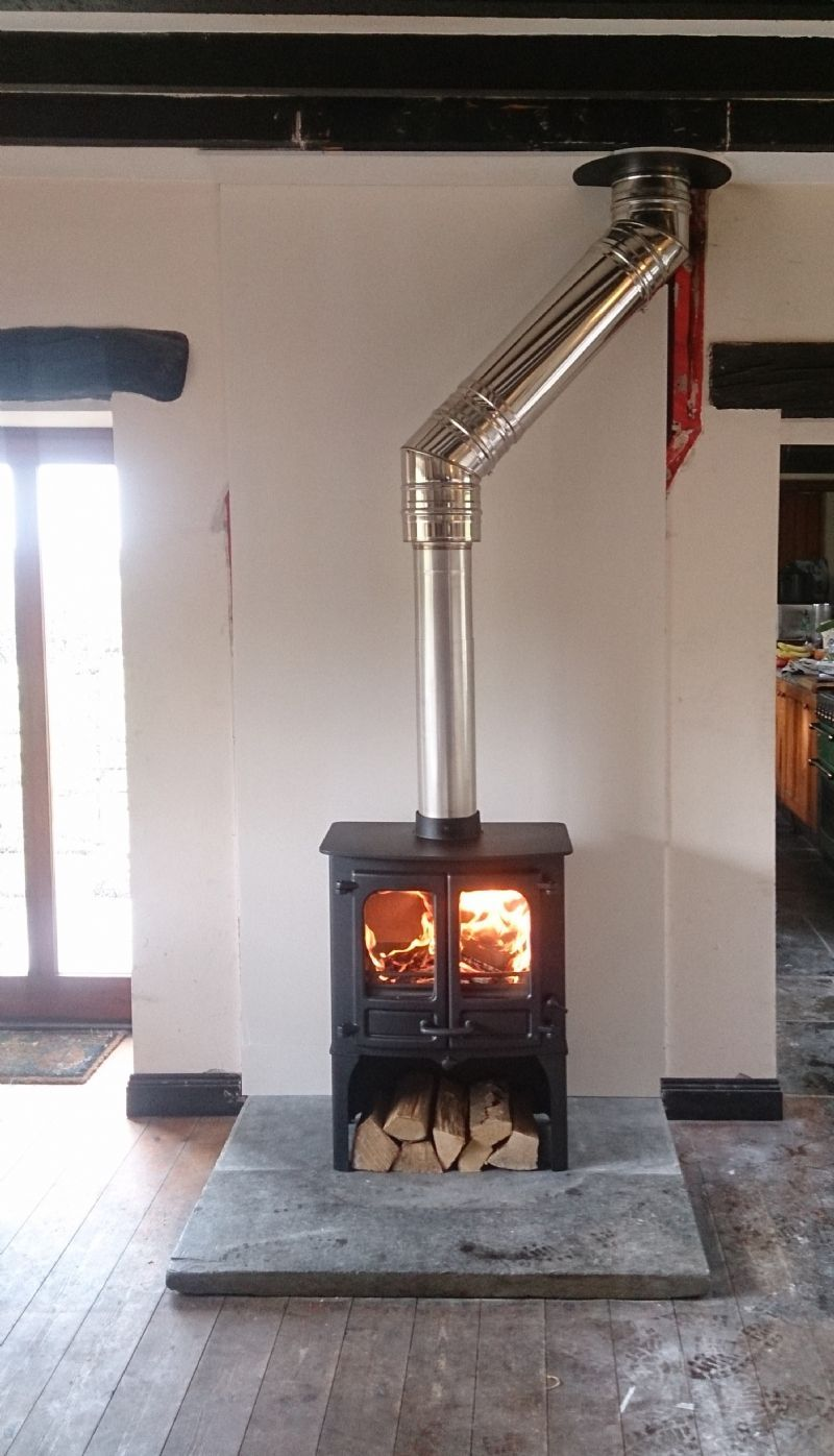 Charnwood Island Ii Installation Kernowfires Stove Woodburner Cornwall Cont Ch In 2020 Stove Installation Wood Burning Stoves Living Room Wood Burning Stove