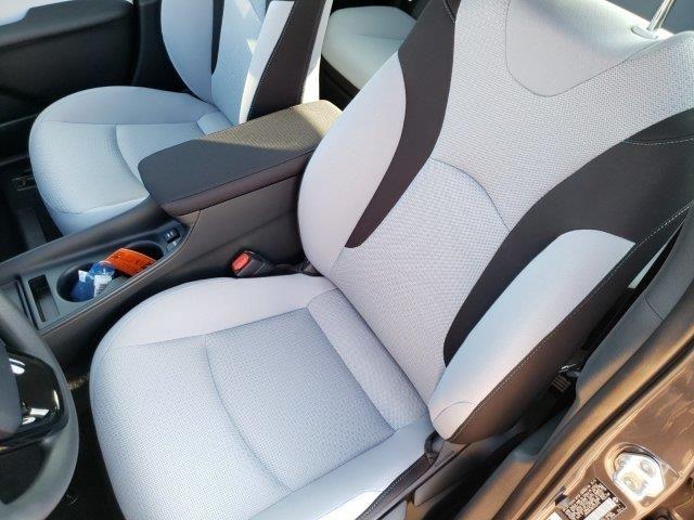 2019 Toyota Prius Le Fwd Toyota Prius Toyota Car Seats