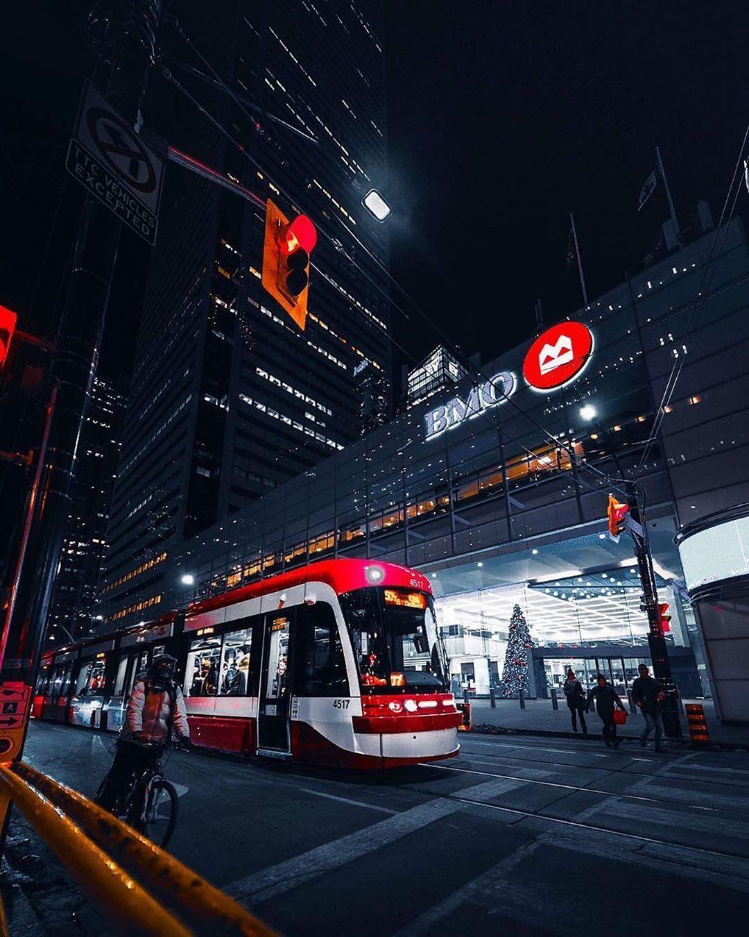 3 924 Likes 37 Comments Blogto Blogto On Instagram City Nights Toronto Night Ttc Streetcar Financialdistric Street Cars Financial District City Toronto tram vehicle city night lights