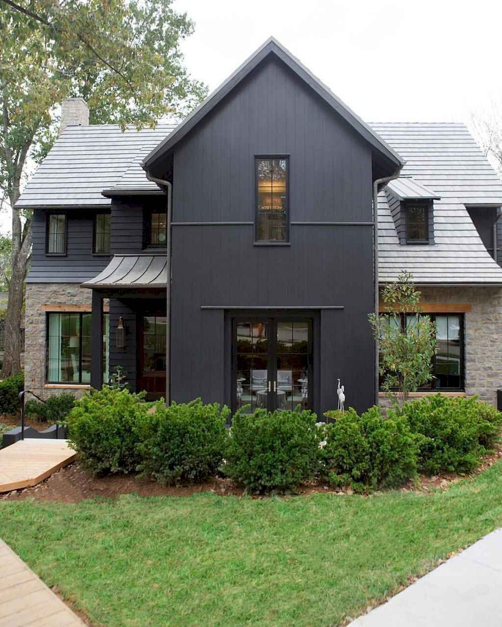 70 Awesome Modern Farmhouse Exterior Design Ideas Farmhouse Exterior Colors Farmhouse Exterior Black House Exterior