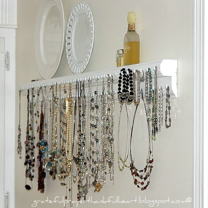 Easy to create necklace holder! I have to do something with the lump of necklaces I have shoved in my drawer! Yikes!